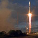 Start von Sojus mit Sentinel-1B und MICROSCOPE